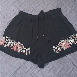 American Eagle flowy shorts!